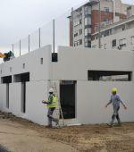 Las obras de construcción de nuevos vestuarios para el Campo Municipal de Fútbol «César Laínez» siguen a buen ritmo