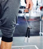 Saltar a la comba: un ejercicio perfecto para hacer cardio sin salir a correr