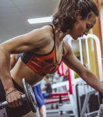 ¿Cómo debe ser un entrenamiento completo en el gimnasio?