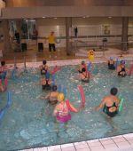 Gimnasia acuática para adultos y mayores de 67 años