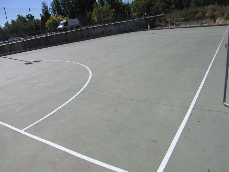 Pintado Pista de Fútbol Sala. [Fecha: 11/09/2013]