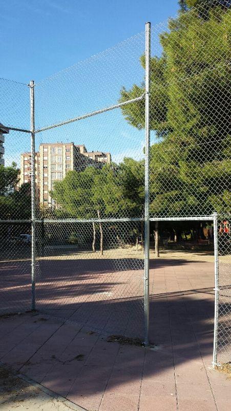 Repaso de valla perimetral de simple torsión (Grapas, anclajes, tensado de sirgas, etc) [Fecha: 08/11/2013]