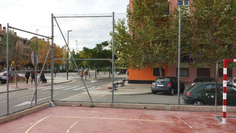 . Repaso de valla perimetral de simple torsión (Grapas, anclajes, tensado de sirgas, etc.). [Fecha: 13/11/2013]