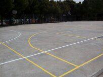 Pintado del lineado de la Pista Polideportiva (Fútbol Sala y Baloncesto). [Fecha: 15/05/2014]