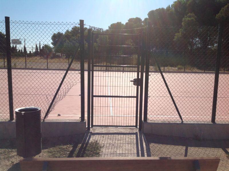 Puerta de acceso [Fecha: 23/08/2016]