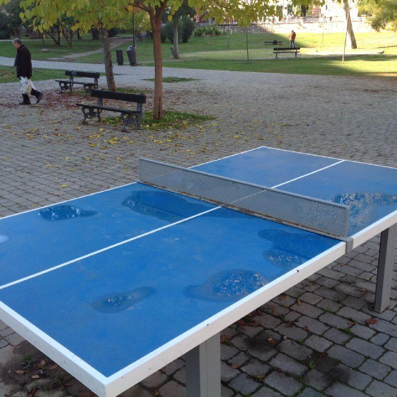 Tenis de mesa antivandálica Parque Bruil 1