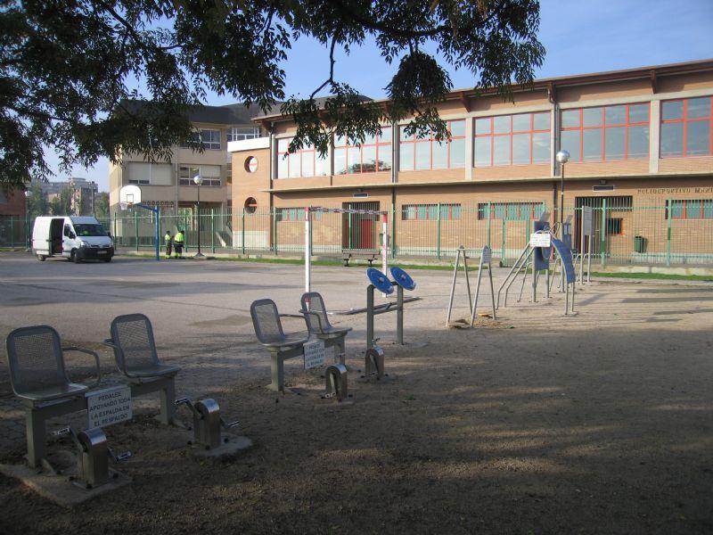 Estación Gimnasia Senior IDE Parque de los Poetas
