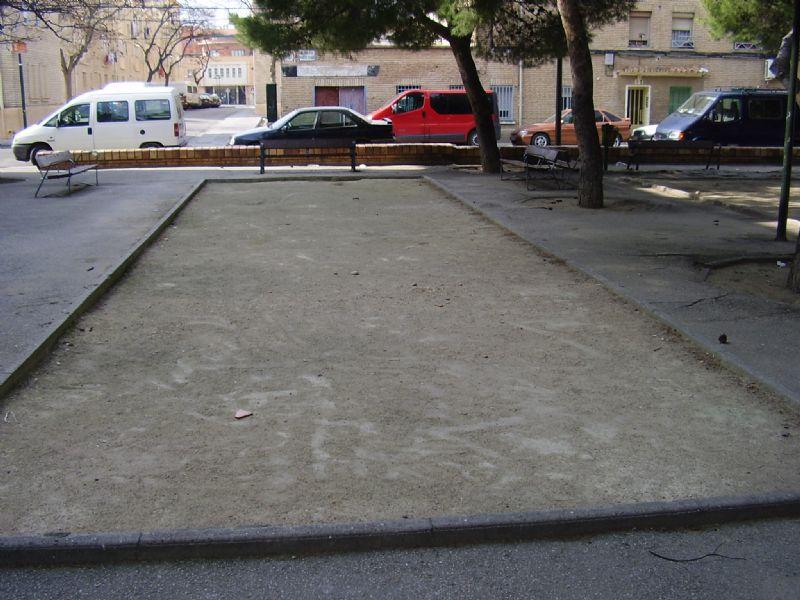 Petanca IDE Plaza Lolita Parra