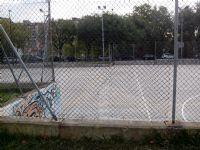 Reparación del vallado de la pista de Baloncesto [Fecha: 15/09/2014]