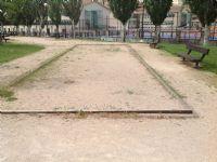 petanca en mal estado [Fecha: 05/05/2015]
