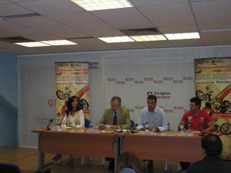 29/09/2008 Presentado en rueda de prensa el «XIX Trial Indoor Gran Premio Ibercaja»