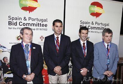 LA CANDIDATURA ESPAÑA-PORTUGAL PARA LA ORGANIZACIÓN DEL MUNDIAL DE FÚTBOL, EN SUDAFRICA