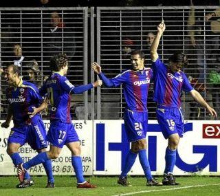 Moisés salva al Huesca de penalti
