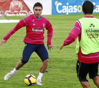 Acuerdo entre el Recre y el Zaragoza por Colunga