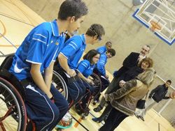 La selección aragonesa de baloncesto en silla de ruedas en edad escolar, referente nacional