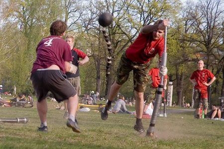 Jugger, un deporte desconocido que combina elementos de un juego de pelota con un juego de lucha