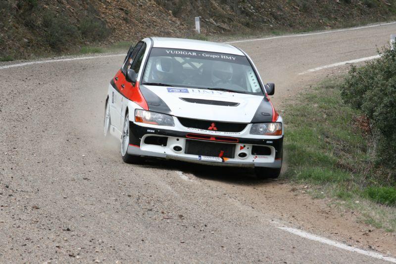 Guilermo Aso y Carlos Villaro vencieron en el VIII Rallysprint de Aguarón con cierta comodidad