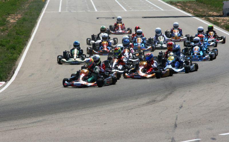 Buen arranque de la temporada de Karting aragonés en el Circuito de Motorland