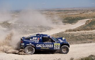 El doble campeón del Dakar Jean Louis Schlesser participará de nuevo en la Baja España Aragón