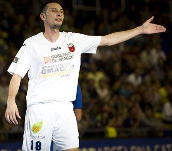 El jugador del Umacon Zaragoza Carlos Muñoz, ha sido convocado con la selección española de fútbol