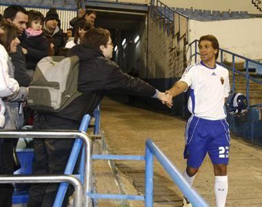 Ponzio fue presentado ayer como nuevo jugador del Real Zaragoza