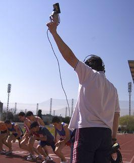 La Federación Aragonesa de Atletismo organiza un curso de «Juez de Atletismo Territorial RFEA»