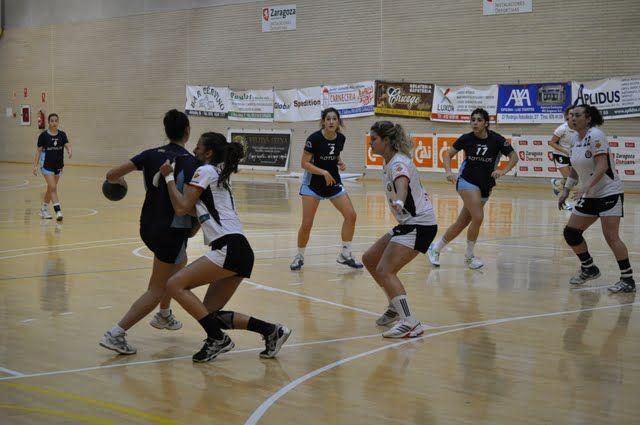 El Sagunto se impone en el  Trofeo «CAI-Ciudad de Zaragoza» de Balonmano Femenino