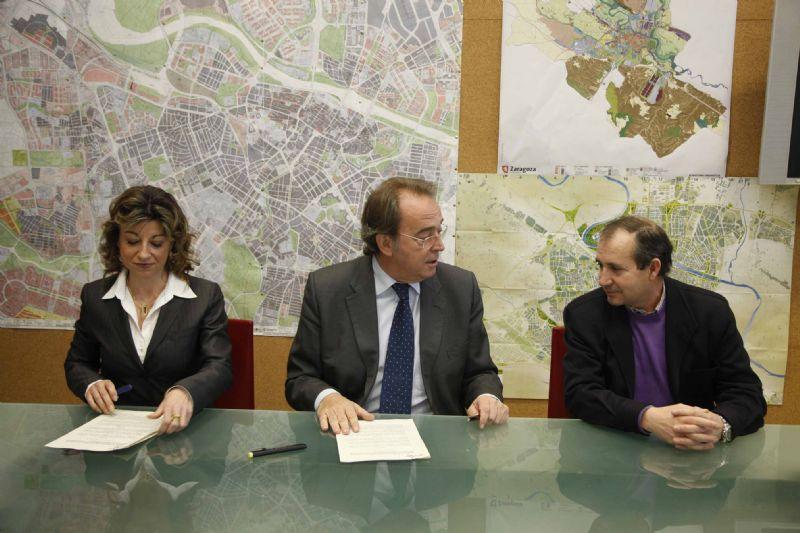 El Ayuntamiento de Zaragoza firma dos nuevos convenios para promocionar el deporte adaptado