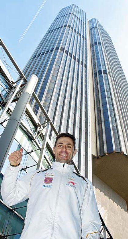 El bombero zaragozano David Robles se aúpa al cuarto puesto mundial de carreras verticales