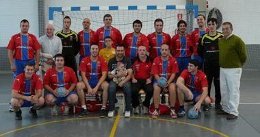 Balonmano La Joyosa, un club recién nacido triunfando en su categoría.