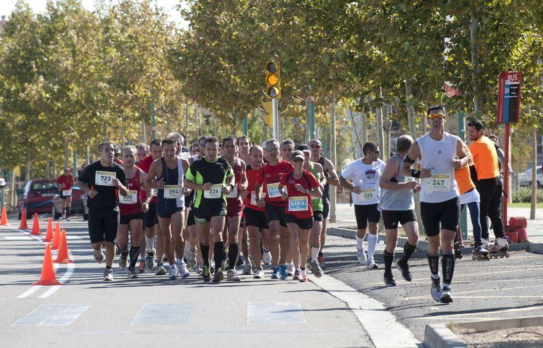 Casi mil personas participaron en la maratón de Zaragoza