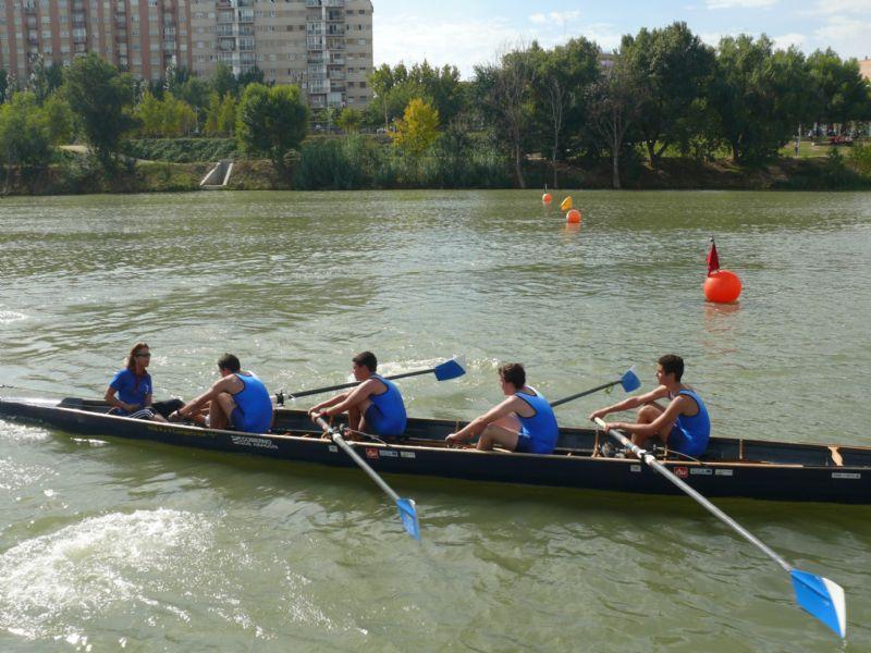 Los remeros del C. N. Helios, campeones del Trofeo «CAI - Ciudad de Zaragoza»