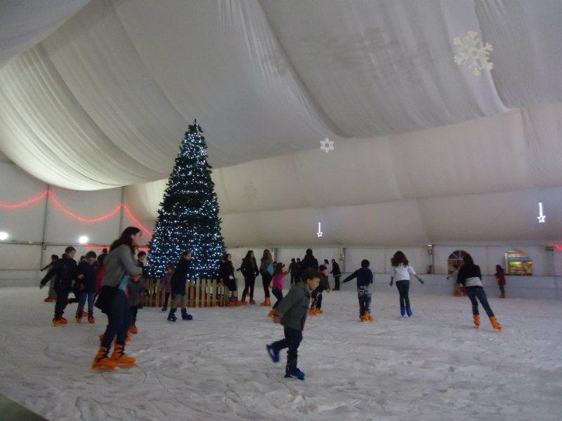 Estas navidades tienes 3 pistas de hielo en Zaragoza