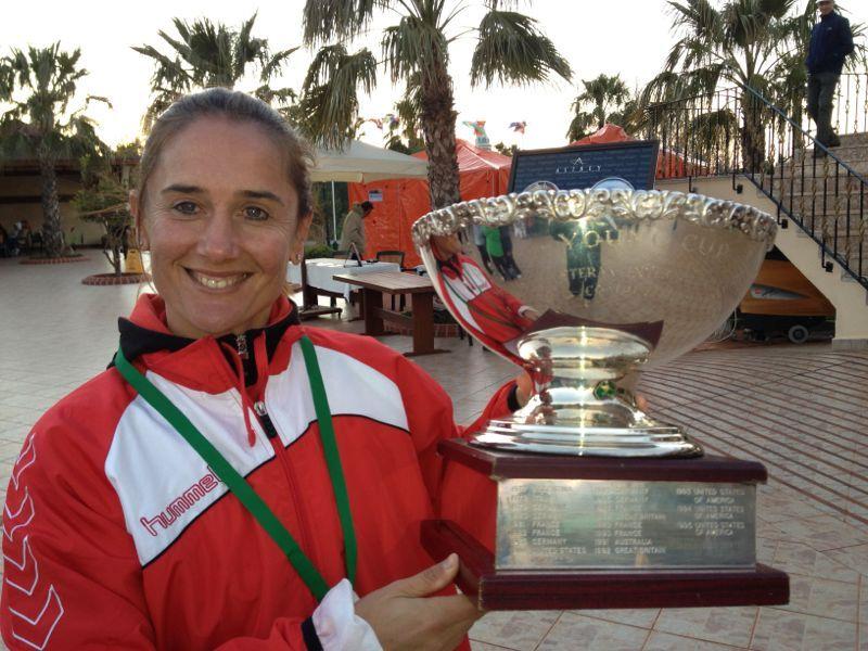 Eva Bes, campeona del mundo de tenis por equipos en categoría veteranos (+40)