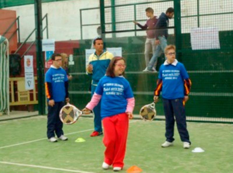 Jugadores con discapacidad de la asociación Aspado ofrecerán una muestra de pádel adaptado en Zaragoza