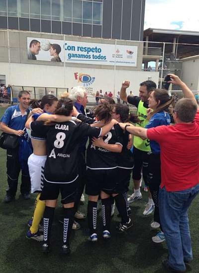 Las chicas del Prainsa jugarán la final de la Copa de la Reina de Fútbol el próximo domingo