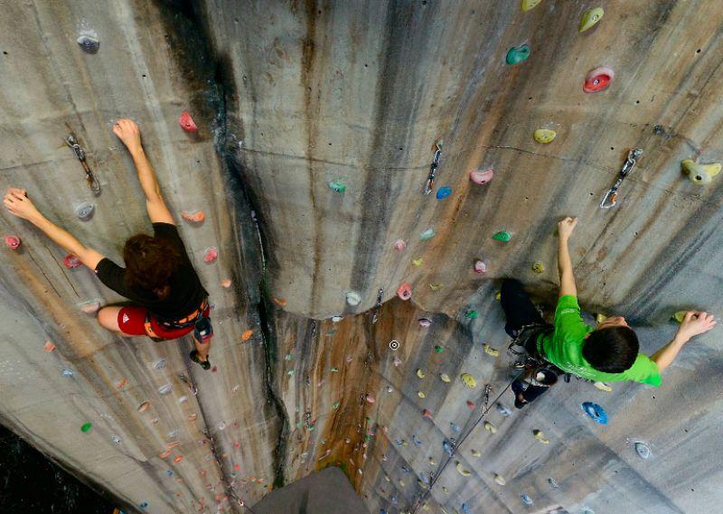 Nueva escuela de escalada en Zaragoza
