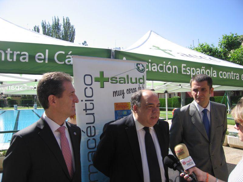 Presentación de la campaña «Sol sin Riesgo» en las piscinas municipales de Zaragoza