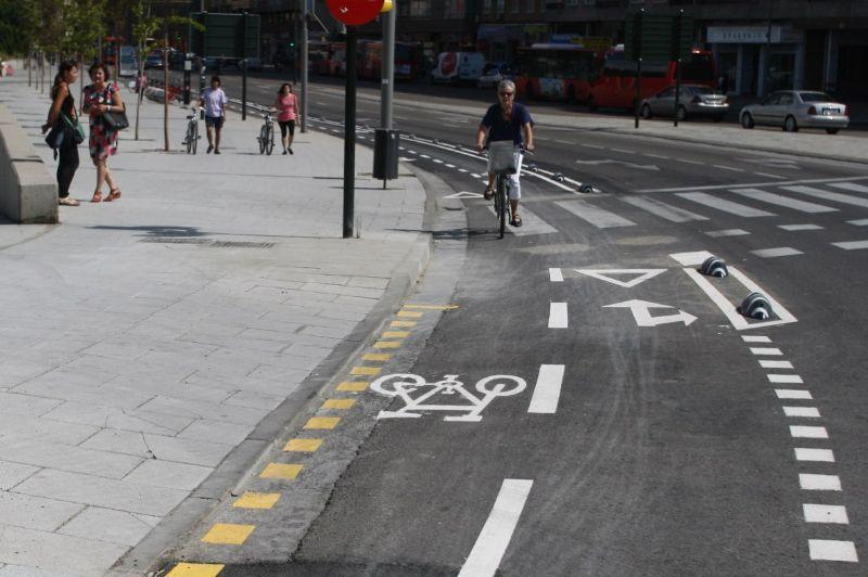 Abierta la conexión ciclista entre el Paseo María Agustín y el Paseo del Agua a través de la Avenida de Madrid
