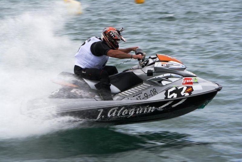 Juan Aloguín participará en el «China Open» de Motonáutica