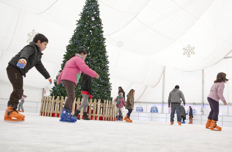 Zaragoza tendrá tres pistas de patinaje sobre hielo esta Navidad