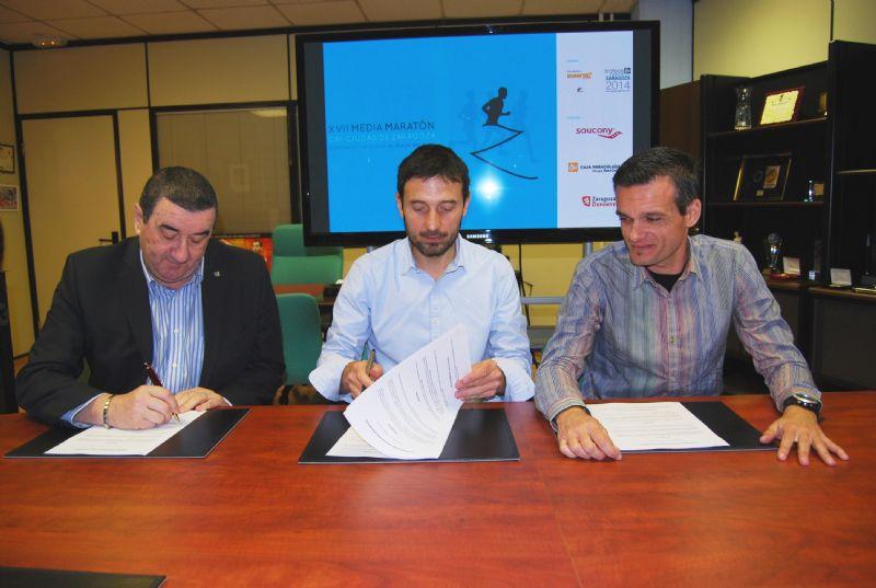 Saucony, nuevo patrocinador de la Media Maratón «Grupo Ibercaja-Ciudad de Zaragoza» por tres años