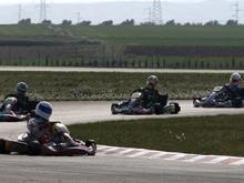 Espectacular inicio del Regional de Karting en Zuera.
