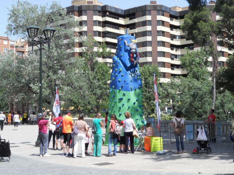 Cerca de mil niños disfrutaron de actividades deportivas en el Parque Grande