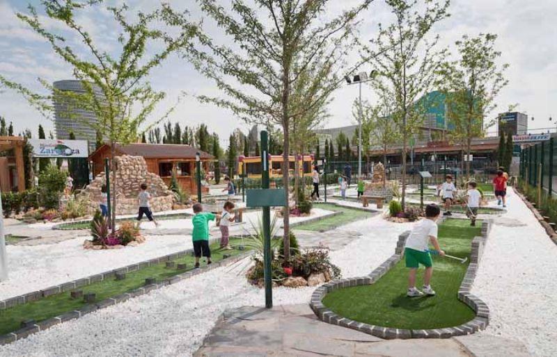 Nuevo campo de minigolf en el Parque del Agua