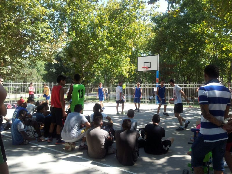 Éxito de participación en el 3X3 de «Enganchados al Deporte»