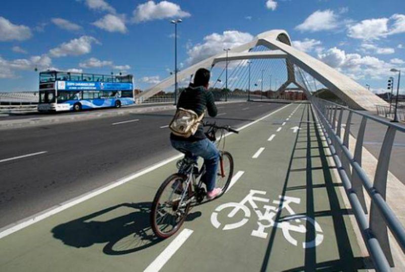 El Barómetro de la Bicicleta hace una radiografía de los usos, ventajas, carencias y opiniones sobre este medio de transporte en Zaragoza