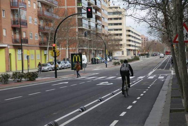 El Ayuntamiento destinará este año 700.000 euros para ampliar la red de carriles bici y 100.000 para su mantenimiento