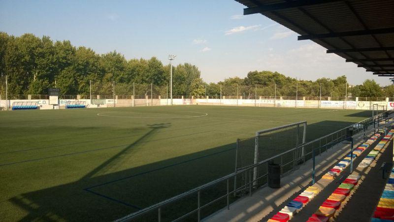 Zaragoza Deporte renovará el césped del campo de La Almozara-El Carmen para adecuarlo al nivel de la Segunda División B