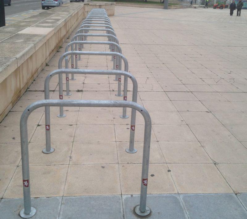 El Ayuntamiento de Zaragoza instala 346 aparcamientos para bicis